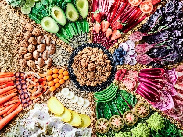 Is it possible to eat a vegan or vegetarian diet and still get all your nutrients?
